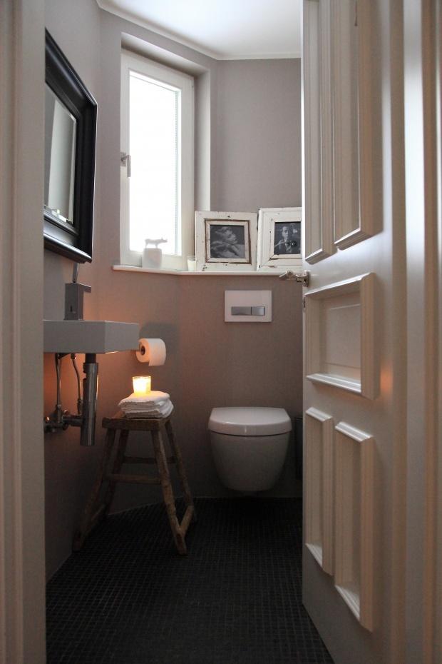 Gäste-WC im ganzen von Houseno44