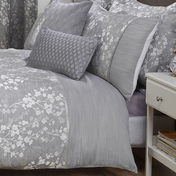 Blossom Silver Grey Floral Jacquard Luxury Duvet Cover