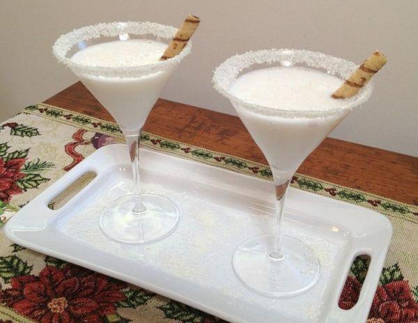 Winter Wonderland Martini  (2 ounces Three Olives Vanilla Vodka    2 ounces Godiva White Chocolate Liqueur    2 ounces creme de cacao, by ArtBrain