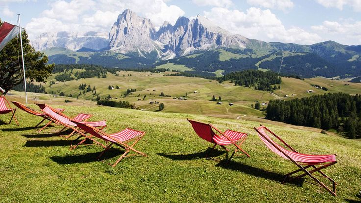 Discover the grandeur and charm of the Dolomites.