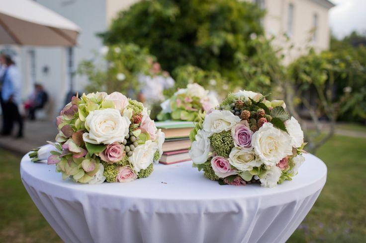 Beautiful vintage summer wedding by Hirepool Events