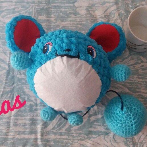 Nuevo producto!  Inspirado en la serie pokemon un Martillo de color azul hecho con lana suave, trapillo suave y fieltro!