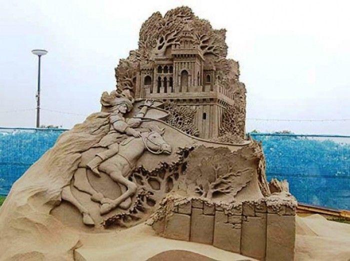 27 Most Epic Sand Castles Ever Built