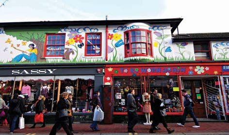 Brighton North Laine: Fantastic colours, cafes, people...