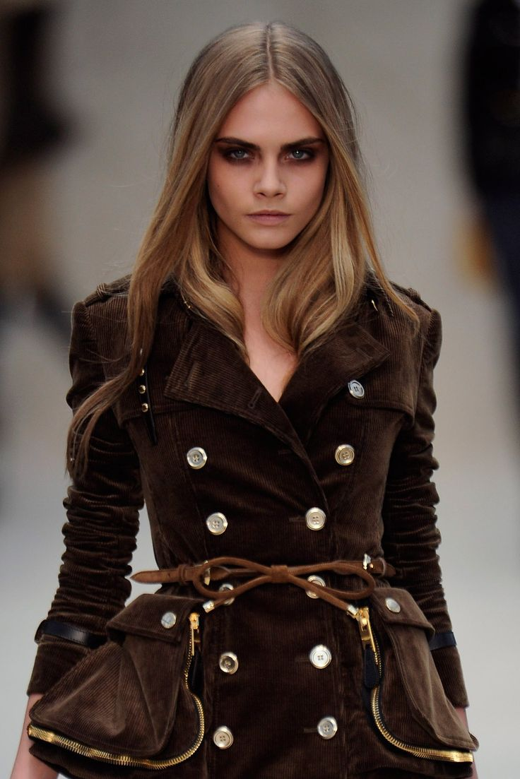 Rock star shags, rumpled bangs, and more British beauty statements courtesy of the Burberry runway.