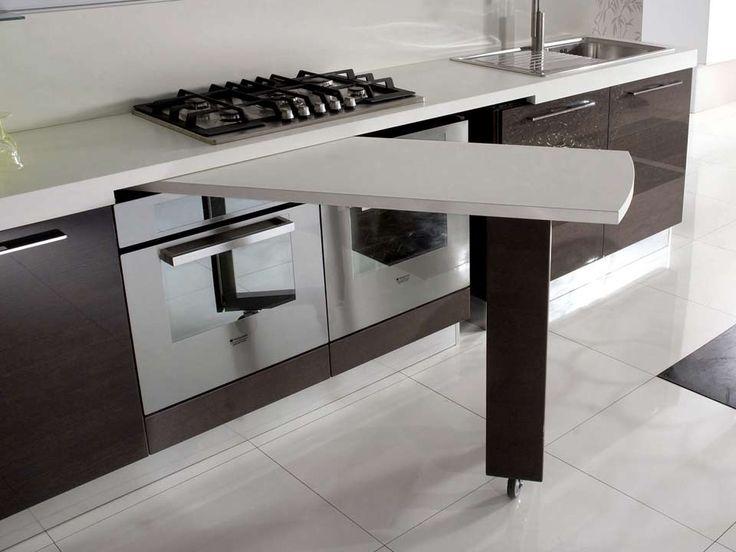 Tavolo sottopiano per la mini cucina
