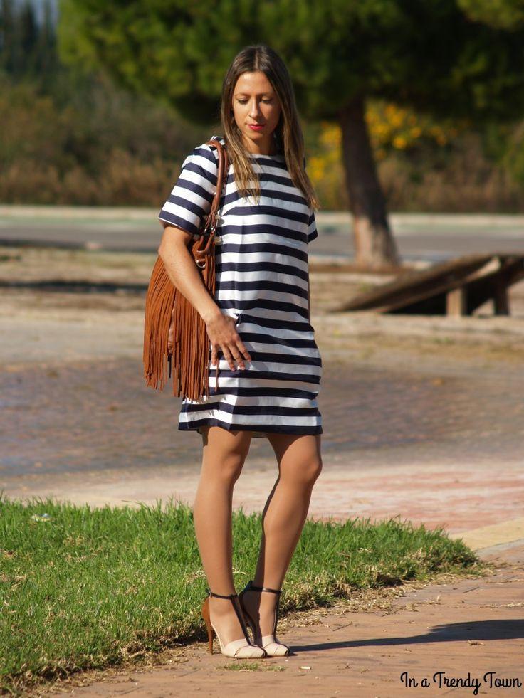 OLYMPUS DIGITAL CAMERA #fetishpantyhose #pantyhosefetish #legs #heels #blogger #stiletto #pantyhose #tan