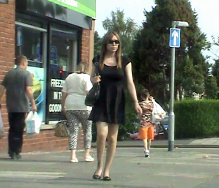 Crossdressing in public videos c'est vous