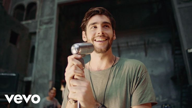 "The single ""El Mismo Sol"" by young Spanish vocalist Alvaro Soler - IDOPs and DOPs (use with Williamson CI materials)"