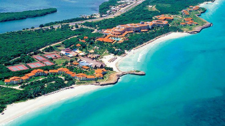 Viihtyisä ja avara Allegro Varadero -hotellialue sijaitsee yhdellä Varaderon kauneimmista ranta-alueista. Hotelli tarjoaa all inclusive -palvelut. Lapsiperheet nauttivat laajasta, ihastuttavan vehreästä puutarhasta, jossa on uima-allas ja lastenallas. Allegro Varaderossa on perheille ja liikunnallisille harrastusmahdollisuuksia sekä maalla että merellä. Hotellissa on vapaa-ajanohjelmaa ja palveluja. Huoneet ovat tilavia ja ne on uusittu vuonna 2010.