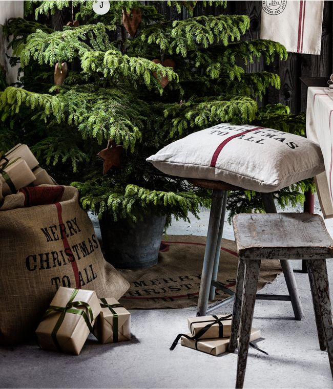 17 best images about h m home goods on pinterest kerst for H h christmas decorations