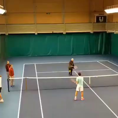 Now we know where that Backhand is coming from! It's from Robert #Federer ! #atp https://video.buffer.com/v/58dd863a313331623e29ccc9
