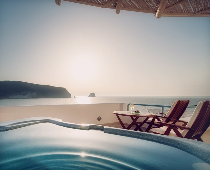 Set amidst the cyan sky and the sapphire waters of the sea, the elegant Melian boutique hotel & Spa in the Cycladian island of Milos enjoys a secluded location next to the beach in the picturesque fishing village of Pollonia.