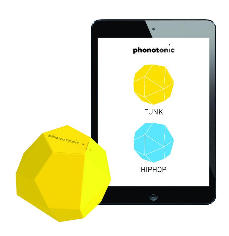 #Phonotonic c'est LE premier #objet connecté qui transforme vos #mouvements en #musique ! [80€ - www.phonotonic.net]