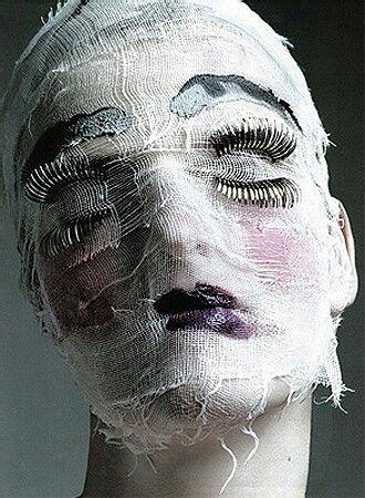 Creepy Halloween mask!
