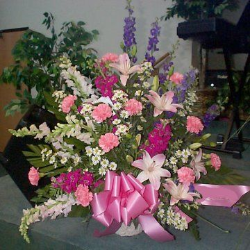 church flowers | To leave Altar Flowers for a Wedding and return to Home Page, click ...