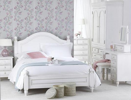 Elegant Painted Pine Bedroom Furniture