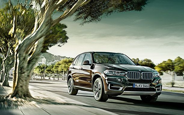 BMW-X5-Has-a-Large-Size-Cabin-Fronts.jpg (612×383)