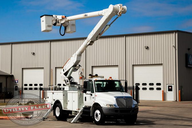 pin by utility fleet sales on used bucket trucks pinterest. Black Bedroom Furniture Sets. Home Design Ideas