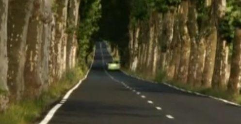 Clip video  Honda Jazz Hybrid Countryside