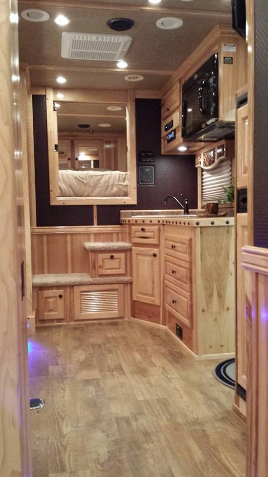 2013 AQHA World Show - 4-Star Trailers, Inc. and Central States Trailer Sales 405.623.2414