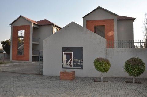 To Let: R4,645 P/M; 1 Bedroom 1 Bathroom Lock Up And Go Style Apartment In…