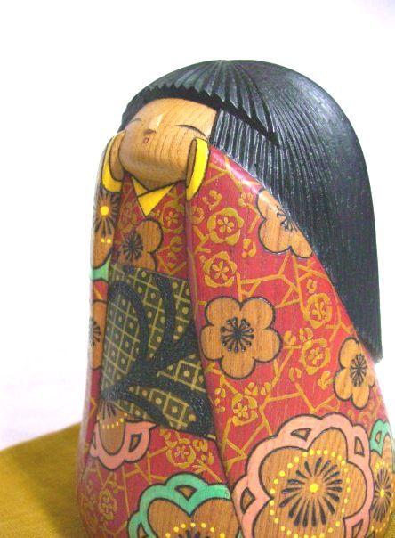 lovely kokeshi textures  -------- #japan #japanese #kokeshi