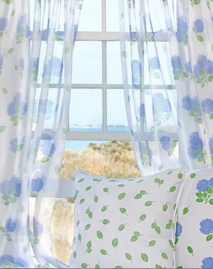 a dreamy seaside cottage hydrangeas coastal bedrooms and voile curtains. Black Bedroom Furniture Sets. Home Design Ideas