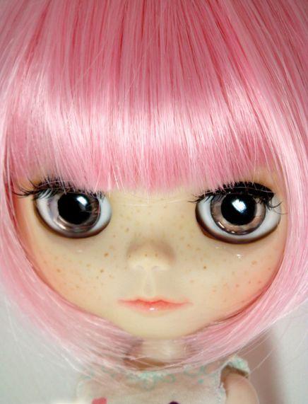 Blythe: Muñecas Blythe, Dolls Blythe, Dolly, Blythe Dolls, Color, Dolls Muñecas, Blythe Pink, Blythe Red Pink Hair