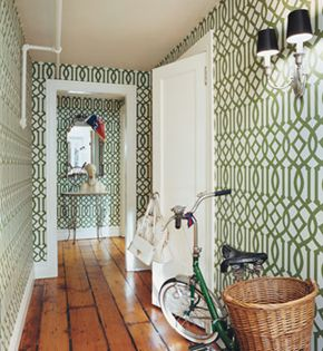 A graphic wallpaper is a great way to spruce up your homes entryway.: Chloe Sevigny, Hallways, Floors, Imperial Trellis, Trellis Wallpapers, House, Kelly Wearstler, Homes, Accent Wall