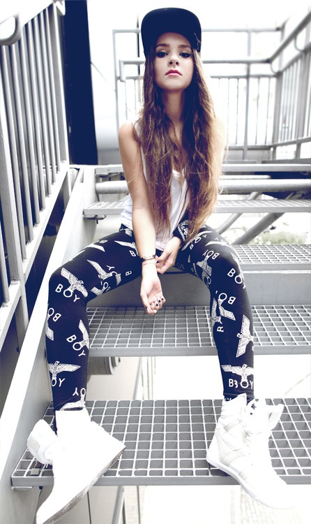 STREET GIRLS                                                       …