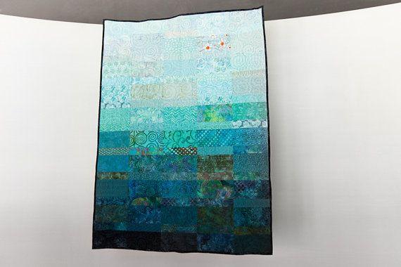 Moderne minime Quilt océan couleurs Twin taille couette peinte à la main taille de jeter ou de plage de literie lit couette fibre Art Quilt moderne chambre Decor Quilt