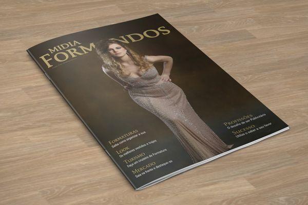 Capa desenvolvida para a 5ª edição da Revista Midia Formandos.