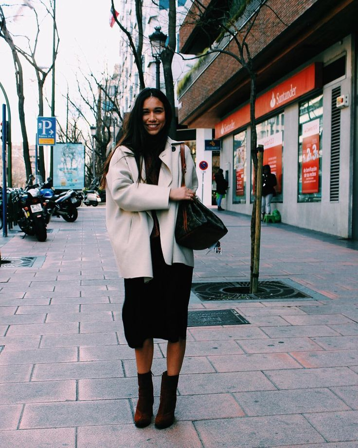 "5,280 Me gusta, 38 comentarios - Melissa Villarreal (@melissavillarreal) en Instagram: ""About that day ✌🏾#Madrid #welcomeToMadrid"""