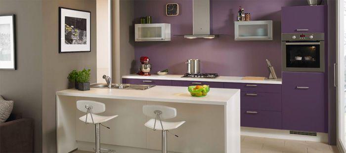 Notre cuisine chez ixina parme et plan de travail gris - Gris et parme ...