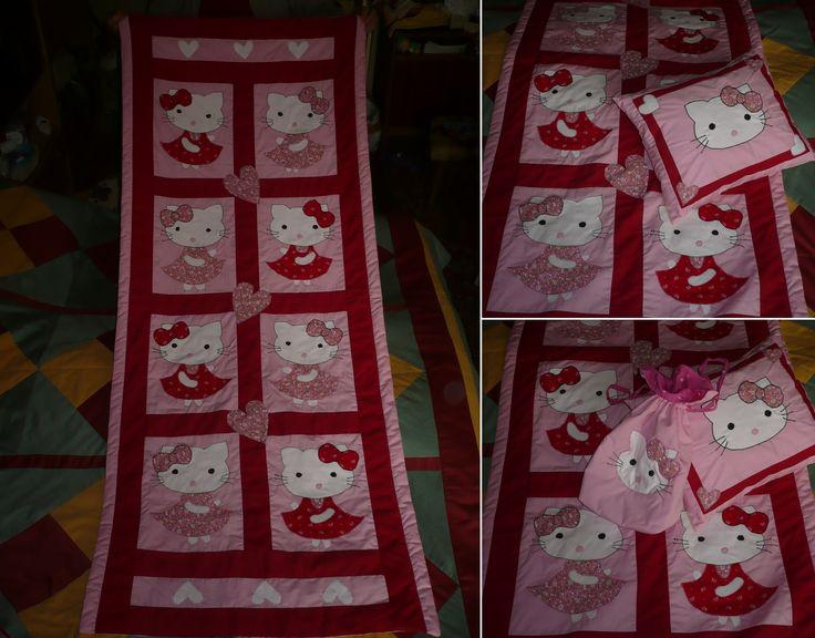 Hello Kitty-s ágytakaró, díszpárna, kis szütyő