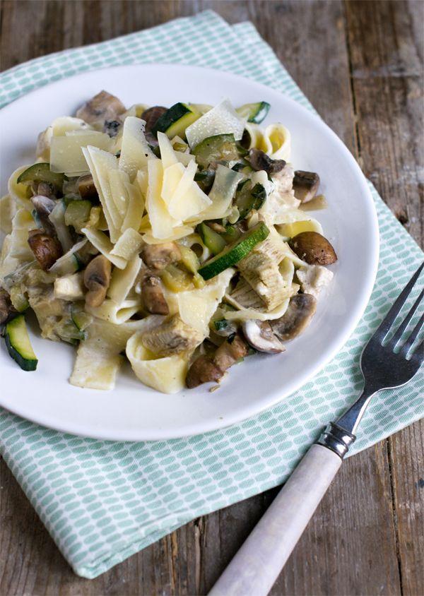 Pappardelle met champignons, kip en courgette 02