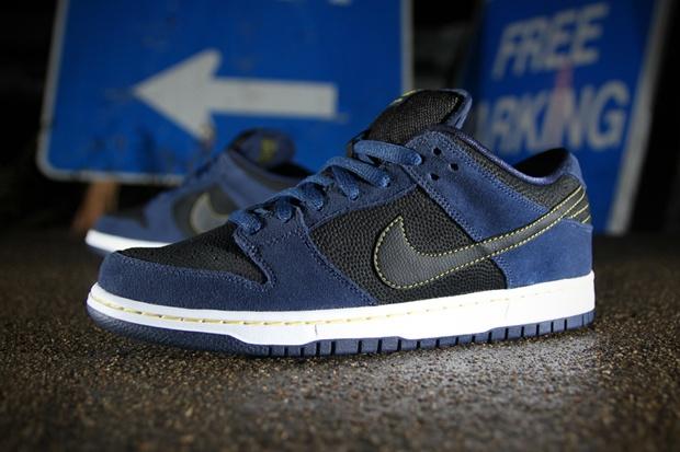 Nike SB Dunk Low Pro Midnight Navy/Black | Nike sb dunks, Nike sb ...