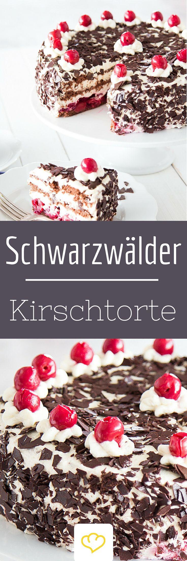 Schwarzwälder Kirschtorte: Sie hat einen Schuss und ist die beliebteste Torte der Deutschen. Ca. 10 cm hoch, cremige Sahne, fruchtiges Kirschkompott und mit einem ordentlichen Schuss Kirschwasser – so muss er sein, der weltbekannte Klassiker.