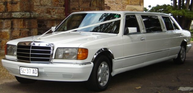 Mercedes 7 Seat Stretch Limousine, available for weddings & Special Ocassions. Brisbane, Gold Coast, Sunshine Coast #WeddingCarsBrisbane #BrisbaneStretchLimos #BrisbaneClassicCars