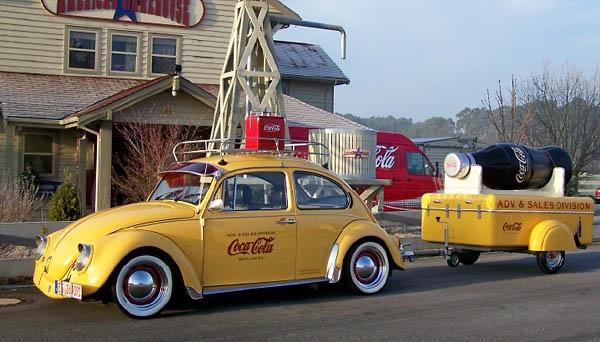 288 best coca cola on wheels images on pinterest vintage coke pepsi and vintage coca cola. Black Bedroom Furniture Sets. Home Design Ideas