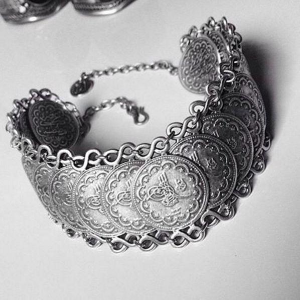 2006 Bohemian Ethnic Vintage Gypsy Style Tribal Silver Coin Bracelet Jewellery