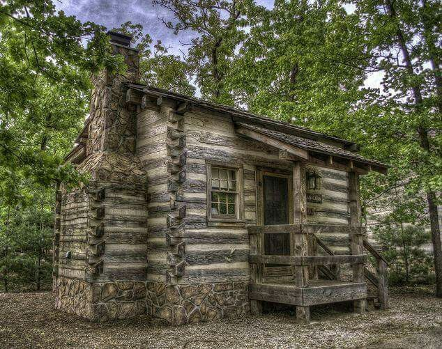 17 best images about houses in the woods on pinterest for Small rustic country homes