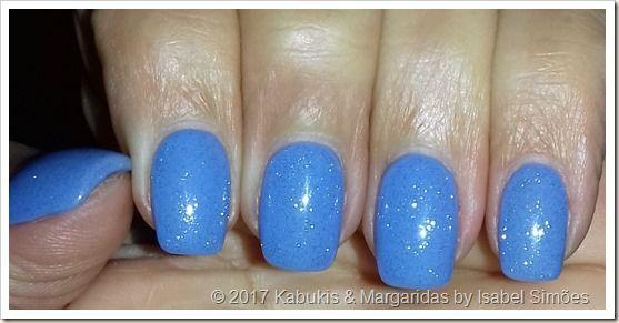 Kabukis & Margaridas: Azul do Céu com Brilhos de Anjo