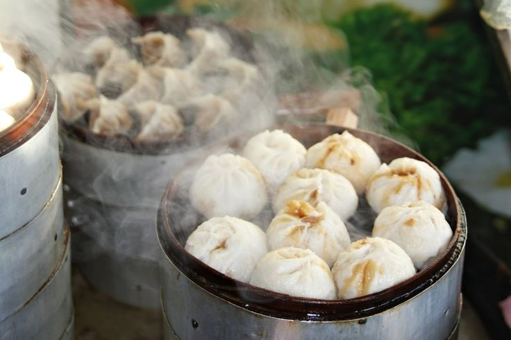 Steamed Dumplings in Hong Kong | Azamara's Guide to the Best Street Food Around the World | Azamara Club Cruises