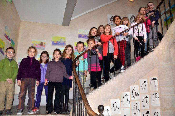 Un stage d'art plastique pour les écoliers avait lieu au musée.