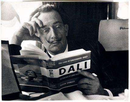 Dali reads Dali