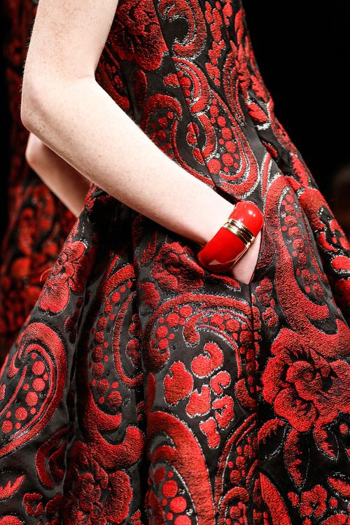 songket Moschino Fall 2013 RtW. #red