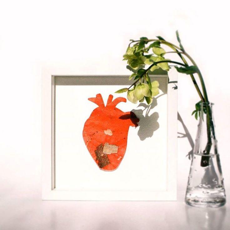 From LOVE series @anikoherbert.#love #heart #series #photoshoot #shooting #wildflowerbar #wildflower #hunyor #hellebore #paper #inthestudio