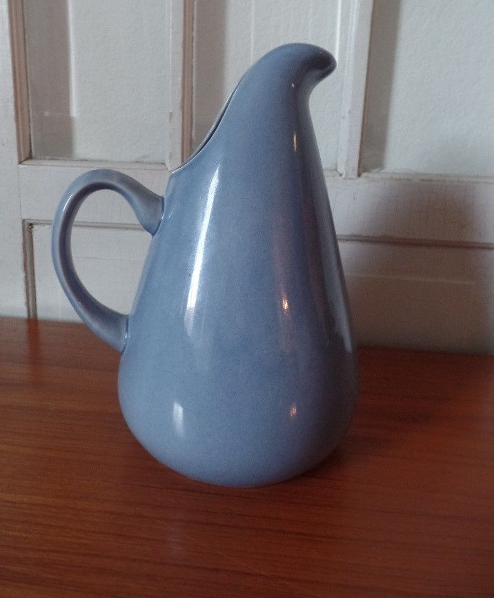 1000 ideas about modern pitchers on pinterest bauer pottery sophie conran and modern - Russel wright pitcher ...
